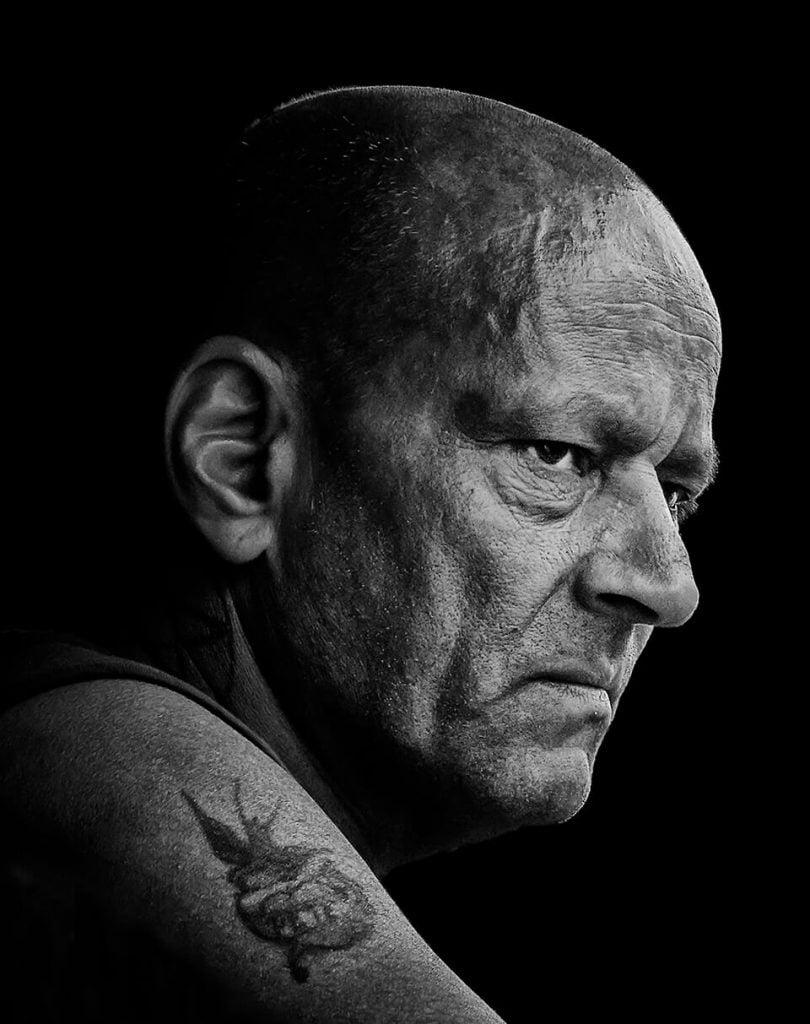 100 Faces - Street Portraits 27